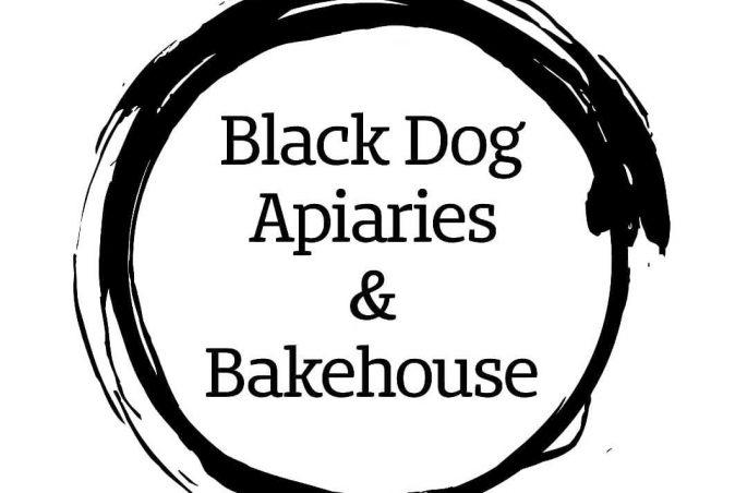 Black Dog Apiaries logo