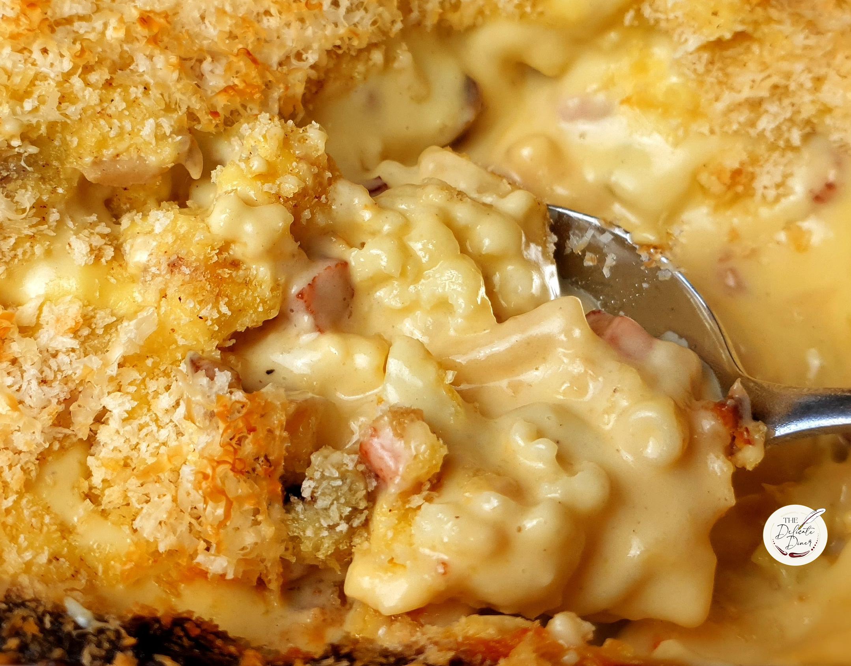 Cauliflower macaroni cheese with pancetta and mushrooms
